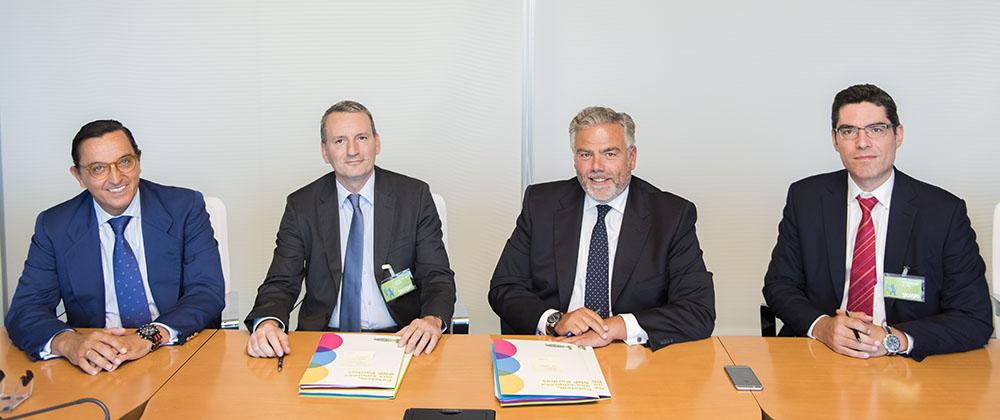 Cetelem y Yoigo firman una alianza estratégica